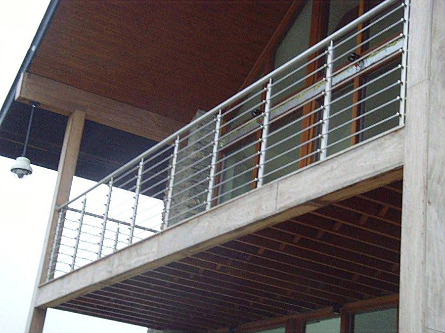 Stainless steel external balcony railing manufactured by